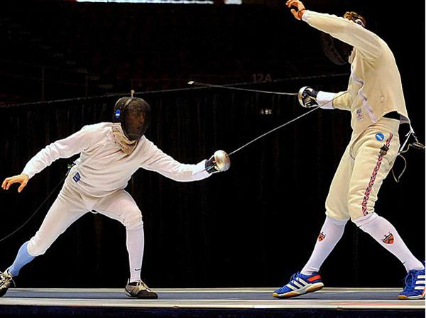 SHHS Alumnus Wins National Championship in Fencing